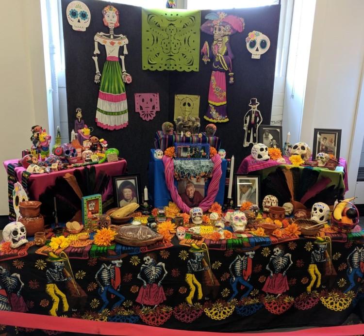1 Altar